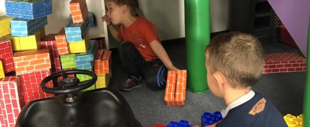 Exploring Castles with Room 5